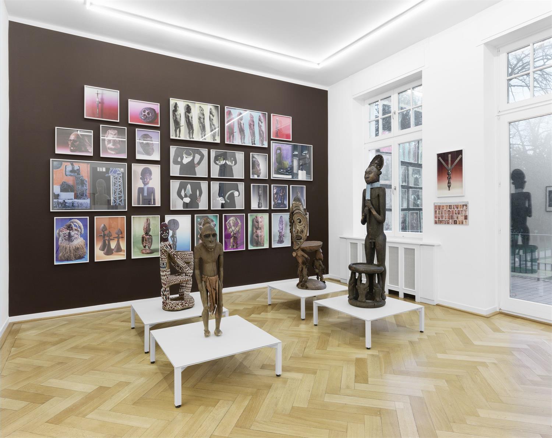 Fotografien der Sammlung des Weltkulturen Museum 1960 bis 2013 mit neuen Arbeiten von Marie Angeletti, Otobong Nkanga, Benedikte Bjerre,  © Wolfgang Günzel, 2013