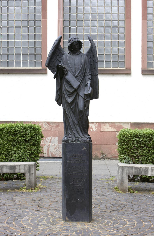 Frankfurter Engel oder Mahnmal Homosexuellenverfolgung von Rosemarie Trockel, Foto: Wolfgang Günzel