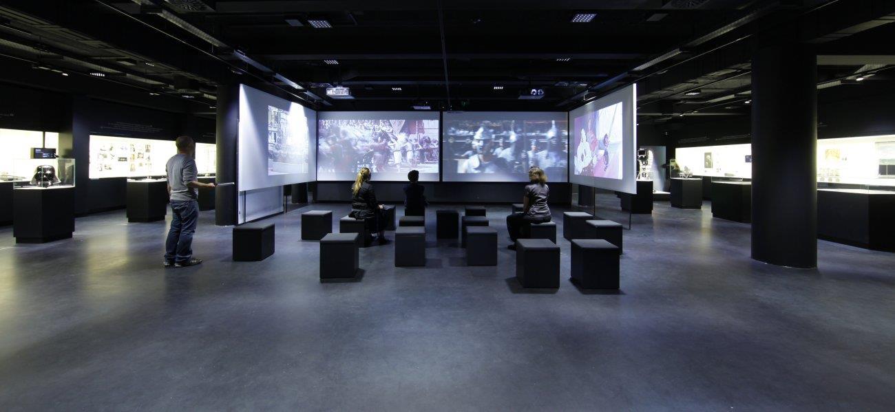 Der Filmraum in der Dauerausstellung des Deutschen Filmmuseums, Foto: Uwe Dettmar / Quelle: Deutsches Filminstitut
